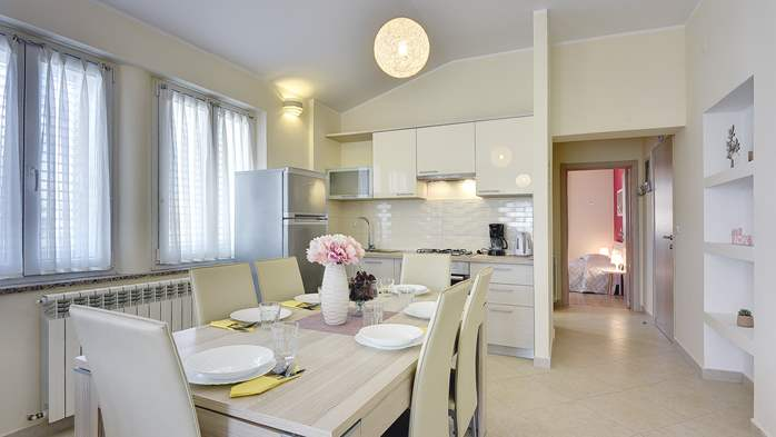 Air conditioned apartment for 4 people, wifi, 5