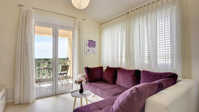 Air conditioned apartment for 4 people, wifi, 2