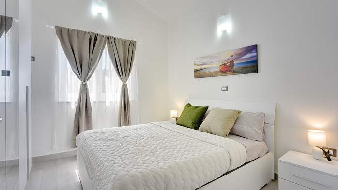 Modern house in Liznjan, with two bedrooms and a sun terrace, 21