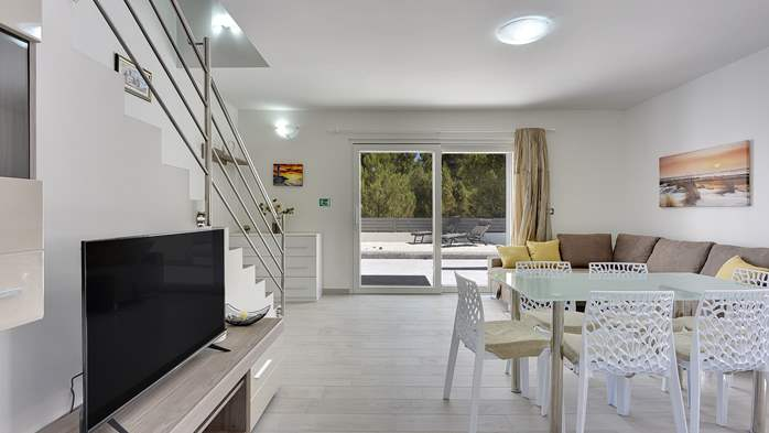 Modern house in Liznjan, with two bedrooms and a sun terrace, 14