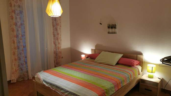 Newly renovated two bedroom apartment, WiFi, 7