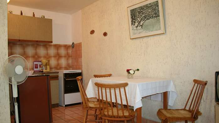 Studio apartment for 3 persons on two floors with private terrace, 3