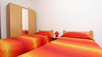 Apartment for 8-9 persons with pleasant ambience, private balcony, 11