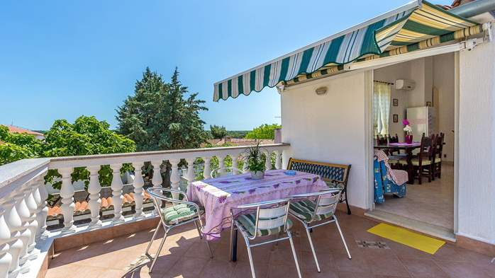 Charming apartment with private balcony and terrace, 1