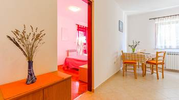 Apartment for two with private balcony and garden, parking, WiFi, 5