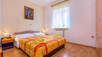 Nice and simple apartment with balcony for three,air conditioning, 8