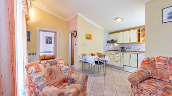 Nice and simple apartment with balcony for three,air conditioning, 9