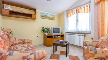 Nice and simple apartment with balcony for three,air conditioning, 3