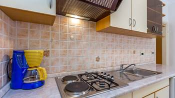 Ground floor apartment with private terrace for 3 persons, WiFi, 7