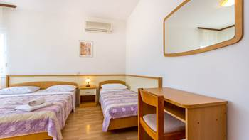 Large apartment for six persons and two bedrooms, terrace, WiFi, 9