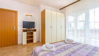 Large apartment for six persons and two bedrooms, terrace, WiFi, 10