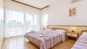 Large apartment for six persons and two bedrooms, terrace, WiFi, 1