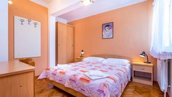 Small apartment with terrace for three, bedroom, WiFi, parking, 10