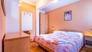 Small apartment with terrace for three, bedroom, WiFi, parking, 11