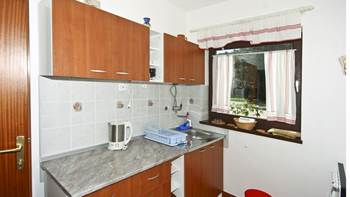 Apartment with sea view with two bedrooms for four persons, 8