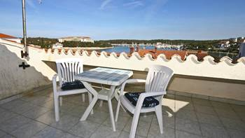 Room for two with irresistible sea view from the rooftop balcony, 4