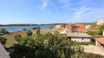 Two bedroom apartment, 100 m from the sea, 4 persons, SAT-TV, 13
