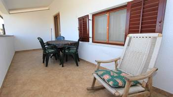 Two bedroom apartment, 100 m from the sea, 4 persons, SAT-TV, 10