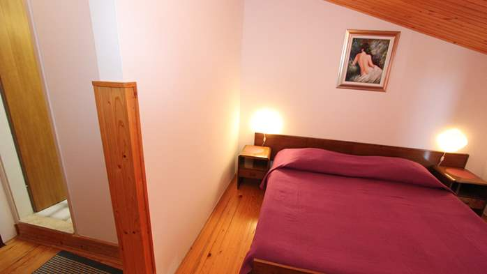 Room with bathroom in the attic for two persons, SAT-TV, balcony, 7