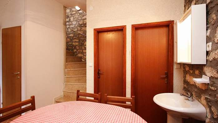 Stone house in Premantura with fenced courtyard with barbecue, 25