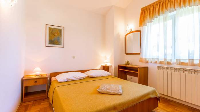 Apartment in the attic with an unbeatable sea view in Pula, 5