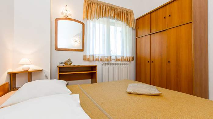 Apartment in the attic with an unbeatable sea view in Pula, 7