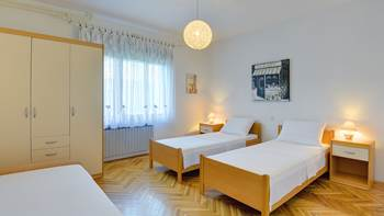 Two bedrooms in apartment for 4-5 persons with private terrace, 12