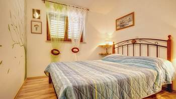 Comfortable apartment for 4 people in Pula,free WiFi, shared pool, 3