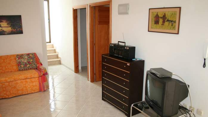 Apartment for 7 persons with two bedrooms, WiFi, SAT-TV, balcony, 7