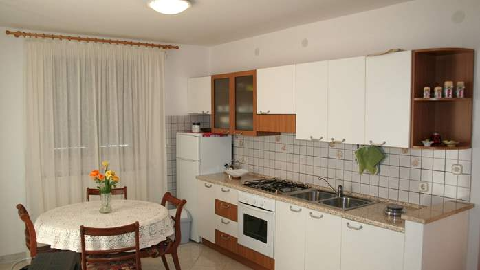 Apartment for 7 persons with two bedrooms, WiFi, SAT-TV, balcony, 1
