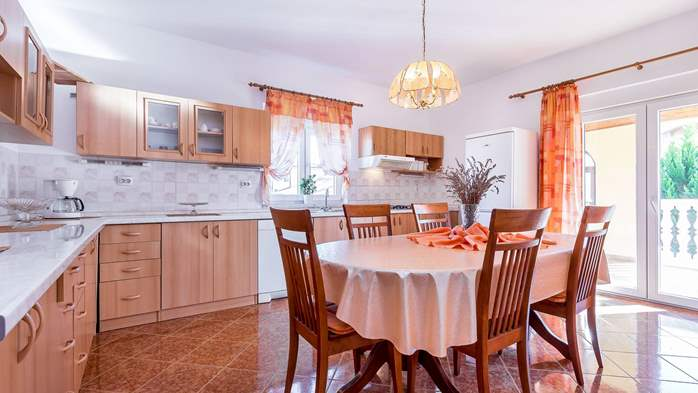 Holiday house in Ližnjan with spacious and charming interior, 10