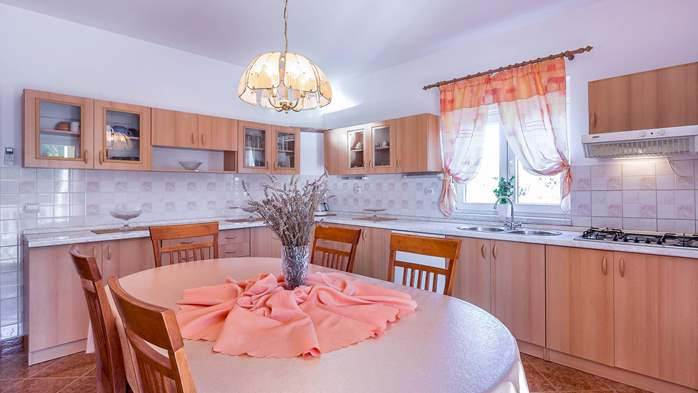 Holiday house in Ližnjan with spacious and charming interior, 11