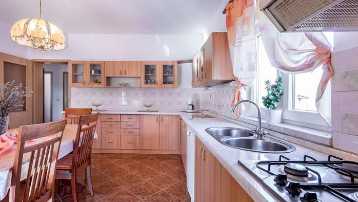Holiday house in Ližnjan with spacious and charming interior, 12