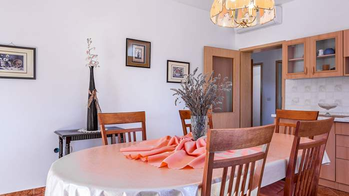 Holiday house in Ližnjan with spacious and charming interior, 13