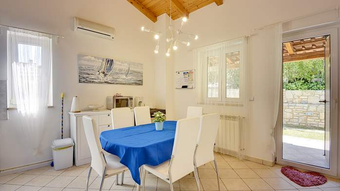 Holiday home with private pool, sun terrace, barbecue in Banjole, 17