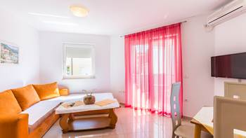 Charming apartment for 4 persons with a bedroom and balcony, 1