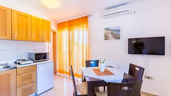 A tastefully furnished apartment for 5 persons with two bedrooms, 1