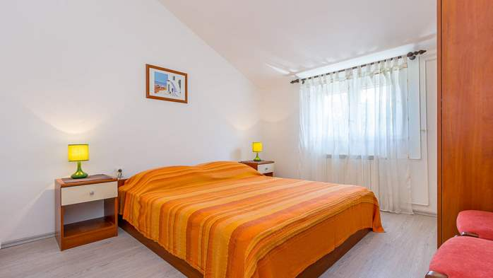 Modern apartment in Valbandon for 4 persons and 2 bedrooms, 5