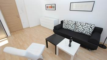 Awesome, air-conditioned apartment for 4 persons in Premantura, 3