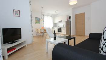 Awesome, air-conditioned apartment for 4 persons in Premantura, 6