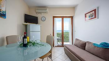 Apartment for 4 persons, on the second floor, sea view balcony, 7