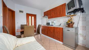 Lovely air conditioned apartment for 2 persons, WiFi and SAT-TV, 4