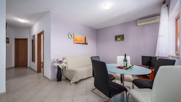 Two bedroom apartment, for 5 persons, with private terrace, WiFi, 3