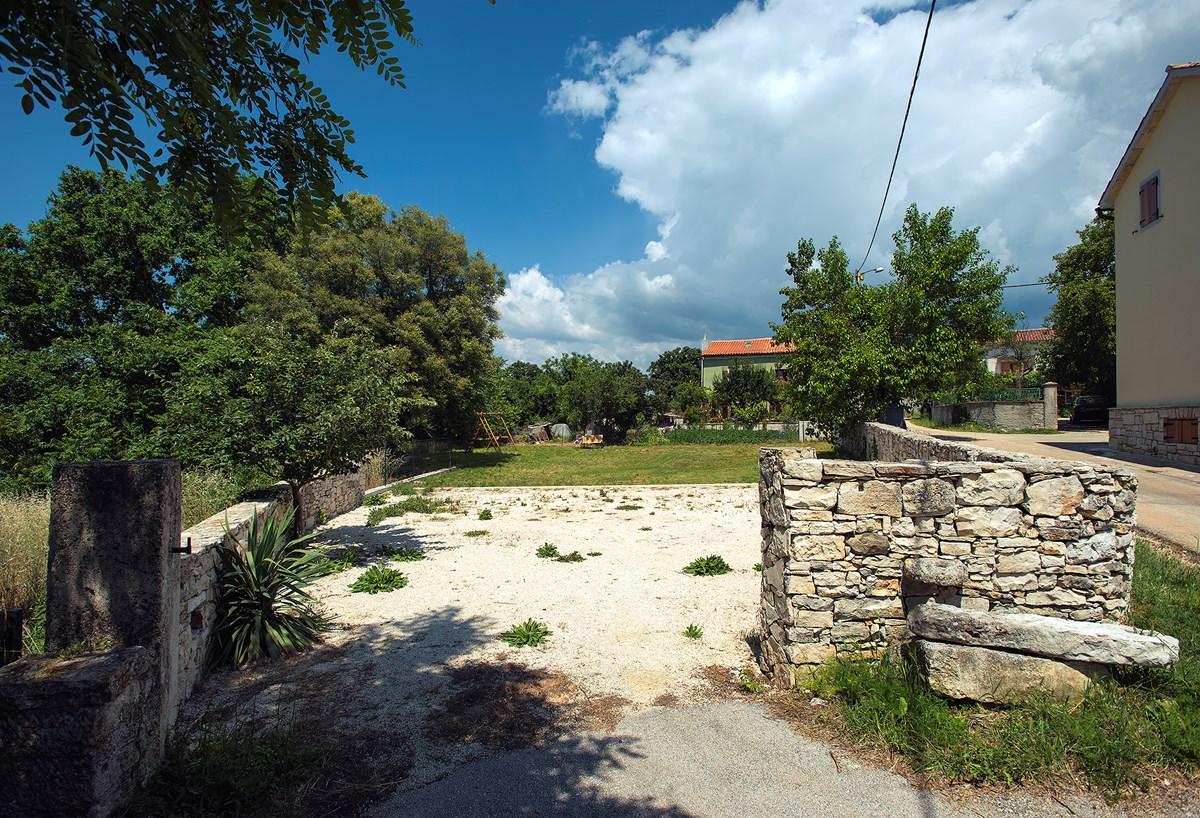 Ferienhaus Svetvinčenat mit Terrasse oder Balkon für bis